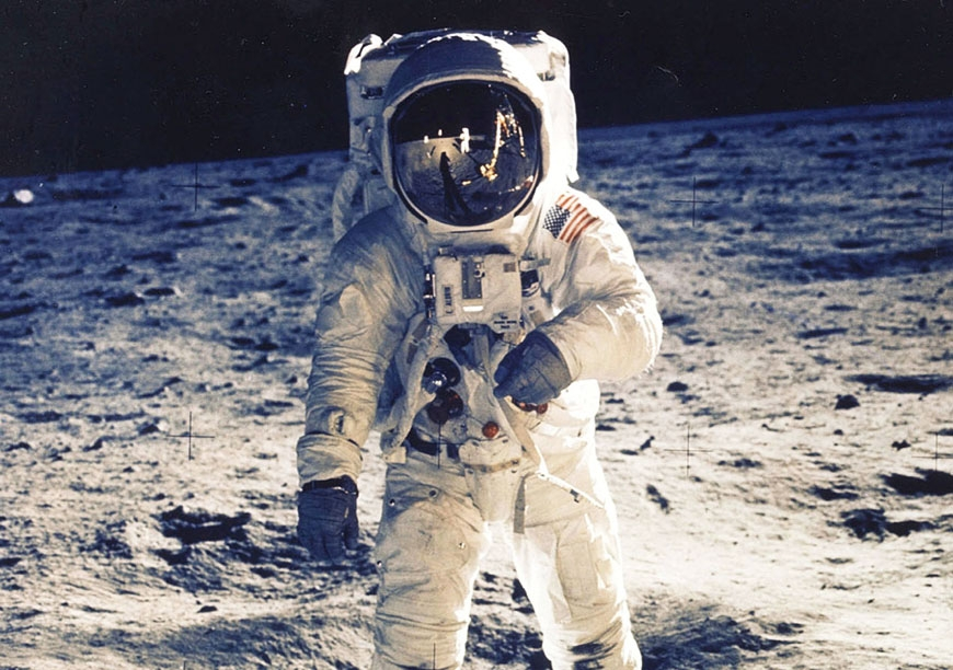 Neil Armstrong und Plantronics